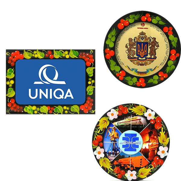 Магниты на холодильник с логотипом